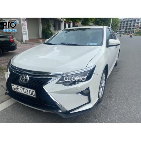 Toyota Camry 2014 nâng cấp cản của Lexus, đèn và ốp pô của Mecerdes