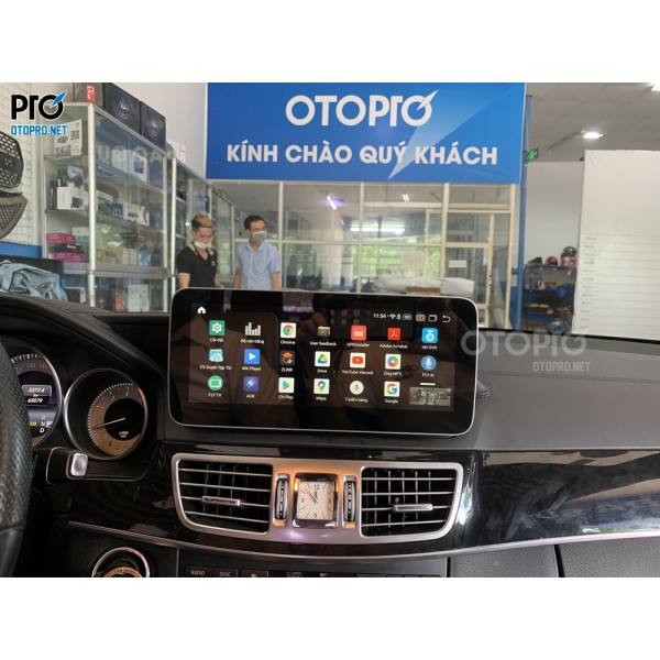 Mercedes-Benz E250 lắp màn hình android