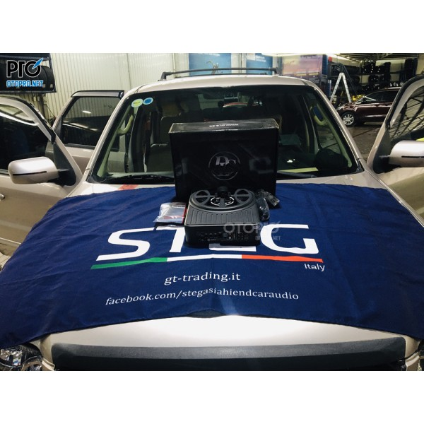 Ford Escape lắp loa sub điện DLS ACW10