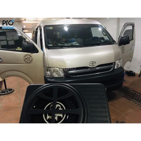 Toyota HIACE EMPIRE 10 chô lắp loa Sub điện DLS ACW10