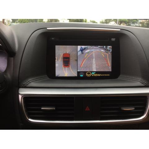 Camera lùi hồng ngoại tích hợp dẫn hướng lái theo vô lăng