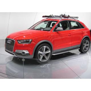 Bậc dẫm lên xuống ô tô cho xe Audi Q3