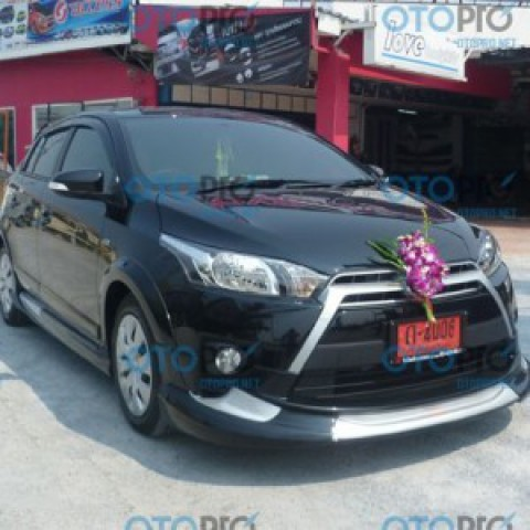 Bodykit cho Toyota Yaris 2014-2016 mẫu Access Plus Thái Lan