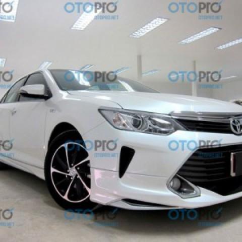Bodylip cho Toyota Camry 2015 mẫu Modellista Thái Lan