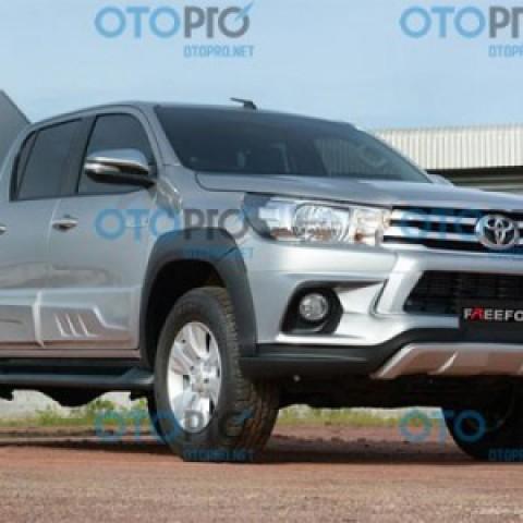Bodylip cho Toyota Hilux Revo 2015-2016 mẫu Freedom Thái Lan