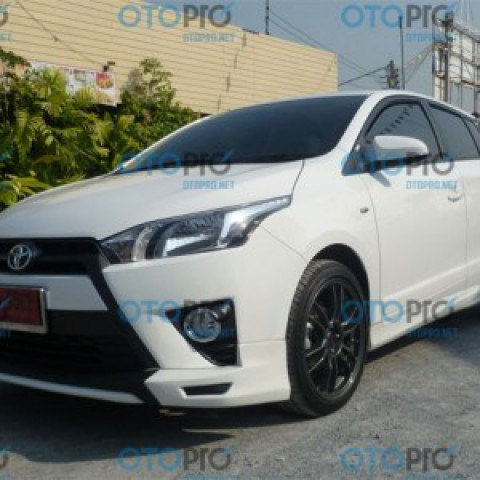 Bodykit cho Toyota Yaris 2014-2016 mẫu OEM Thái Lan