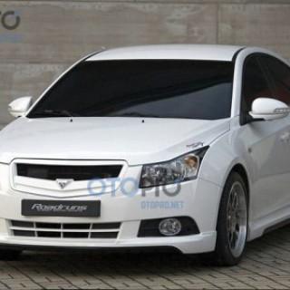 Body lips cho xe Chevrolet Cruze mẫu RoadRuns
