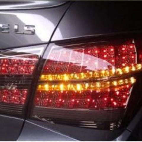 Đèn hậu độ LED nguyên bộ mẫu Mercedes e 300 màu khói