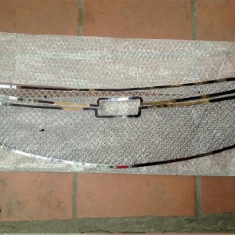 Lưới mặt calang dành cho xe Lacetti/Cruze kiểu bentley mẫu 2