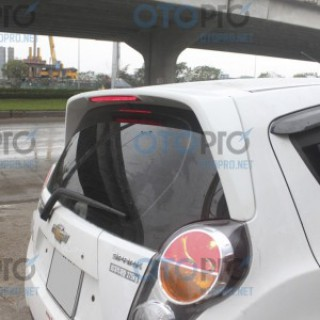 Đuôi gió nóc kính hậu có đèn LED cho xe Chevrolet Spark