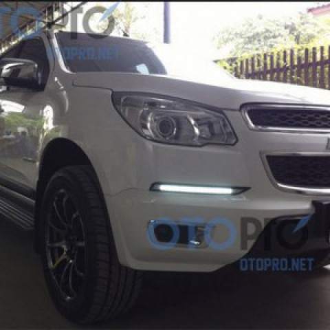 Đèn LED daylight cho xe Chevrolet Colorado 2012