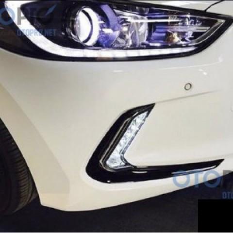 Đèn gầm LED daylight 2 màu cho xe Elantra 2016