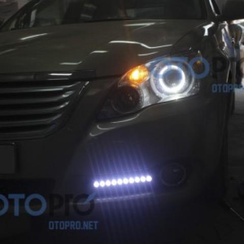 Độ đèn bi xenon, angel eyes LED BMW, daylight xe Avalon