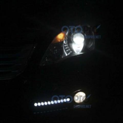 Độ đèn bi xenon, đèn gầm LED daylight cho Toyota Avalon
