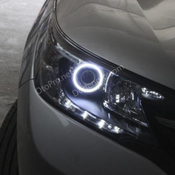 Độ vòng Angel Eyes LED khối cho Honda CR-V 2013