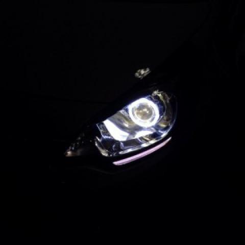 KIA Rio độ bi-xenon Q5 siêu sáng, vòng angel eyes