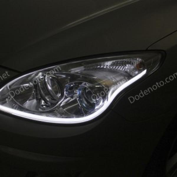 Độ dải LED mí khối trắng vàng cho xe Hyundai I30