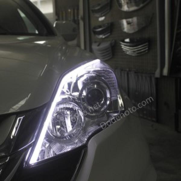 Độ dải LED mí khối trắng vàng cho xe Honda CR-V