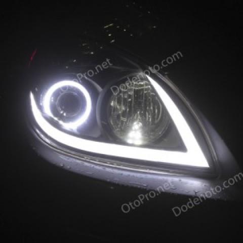 Độ dải LED mí khối, vòng angel eyes cho xe Hyundai I30 CW