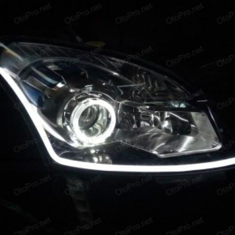 Độ bi xenon, angel eyes kiểu BMW, LED mí khối cho xe Koleos