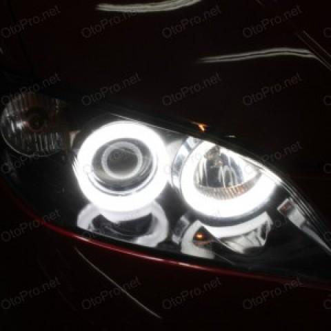 Độ vòng angel eyes LED khối cho xe Mazda 3