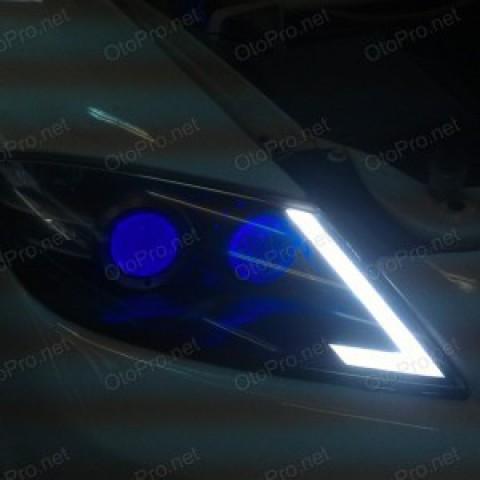 Độ đèn bi xenon, projector, LED mí khối cho Mazda RX8