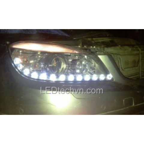 Độ dải LED mí Oblock cho xe Mercedes C200