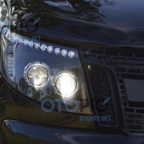 Độ 2 bi xenon, LED mí daylight cho xe Ford Ranger 2013-2015