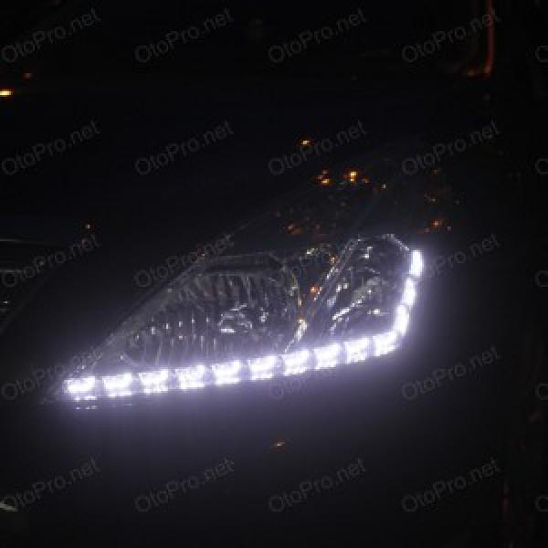 Độ dải LED mí Transformer cho xe Teana