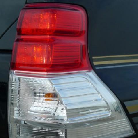 Đèn hậu LED dành cho xe Land Cruiser