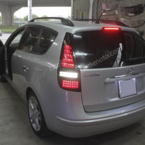 Độ đèn hậu LED cho xe Hyundai I30 CW