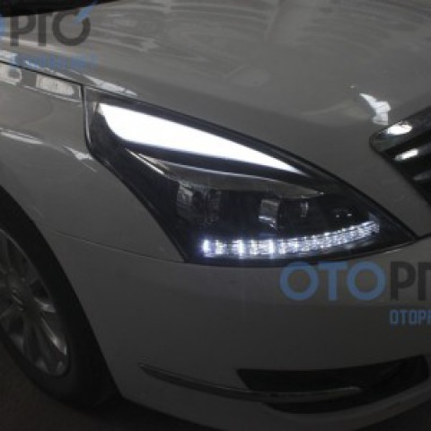 Đèn pha độ LED nguyên bộ cho Nissan Teana đời 08-12 mẫu mí khối