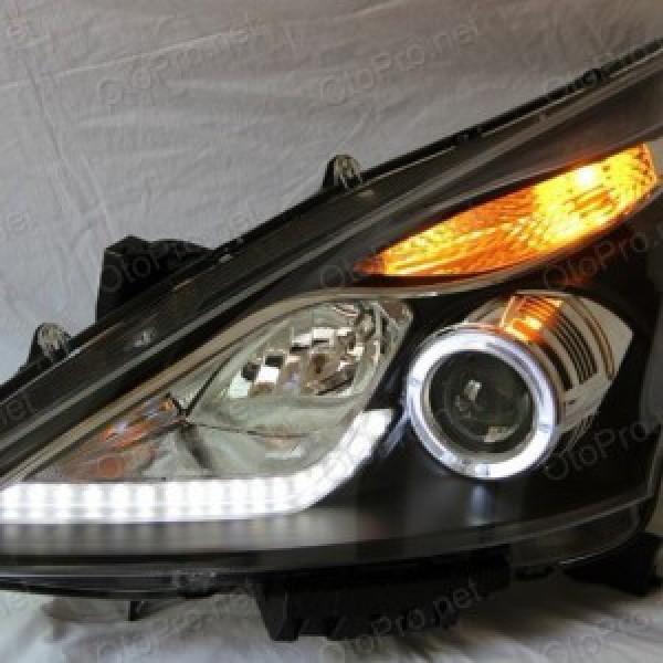 Đèn pha LED nguyên bộ cho xe Nissan Tiida