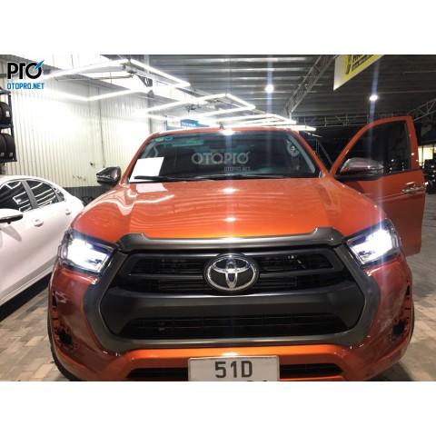 Toyota Hilux 2019 lắp đèn pha full led nguyên bộ