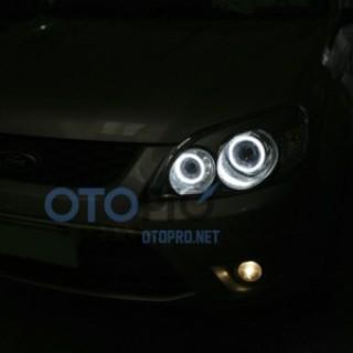 Độ đèn bi xenon, angel eyes LED kiểu BMW cho xe Escape