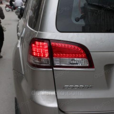 Độ đèn hậu LED cho Ford Escape (miếng trên cốp)
