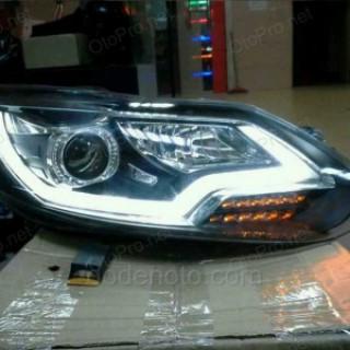 Đèn pha độ LED nguyên bộ cho xe Ford Focus 2013 mẫu 1