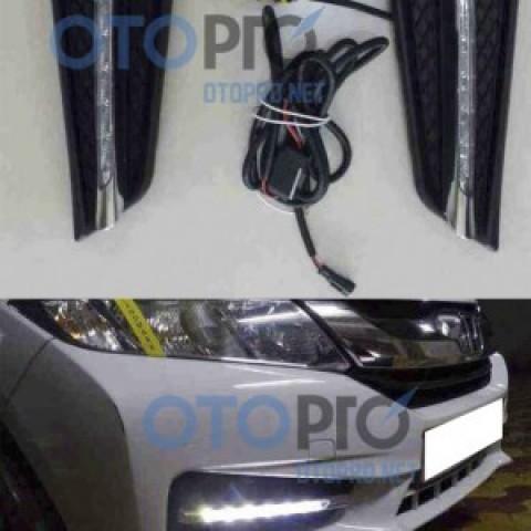 Đèn gầm độ LED kiểu Mercedes cho xe Honda City 2014