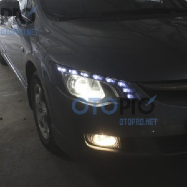 Độ đèn bi xenon, LED mí Audi Q5 cho xe Civic 2010