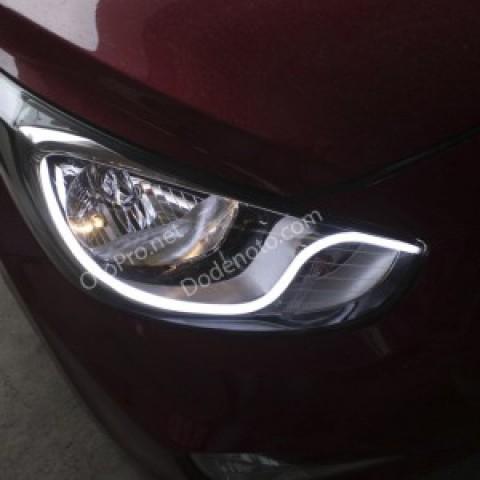 Độ dải LED mí khối trắng vàng cho xe Hyundai Accent