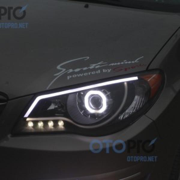 Hyundai Avante 2010 độ đèn bi xenon, angel eyes vuông, LED mí khối