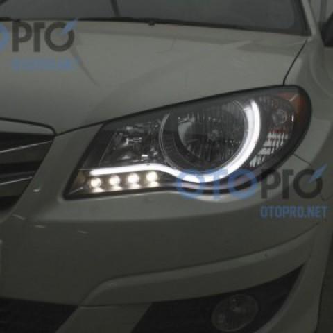 Độ dải LED mí khối trắng vàng đèn pha cho xe Avante