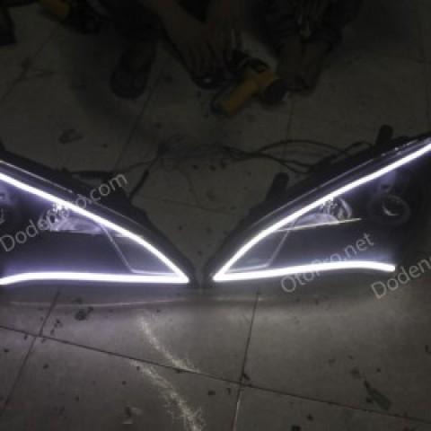 Độ dải LED mí khối trắng vàng cho xe Genesis Coupe