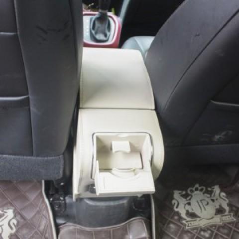 Hộp tỳ tay Kibbet cho xe Hyundai i10
