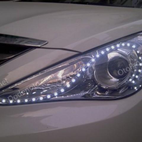 Độ LED mí mẫu hạt cho xe Hyundai Sonata