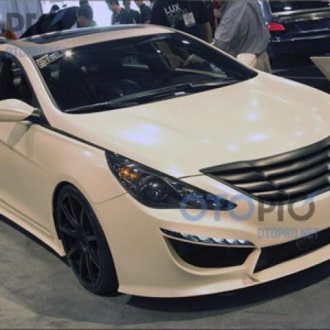 Bodykit cho xe Hyundai Sonata YF mẫu Rides