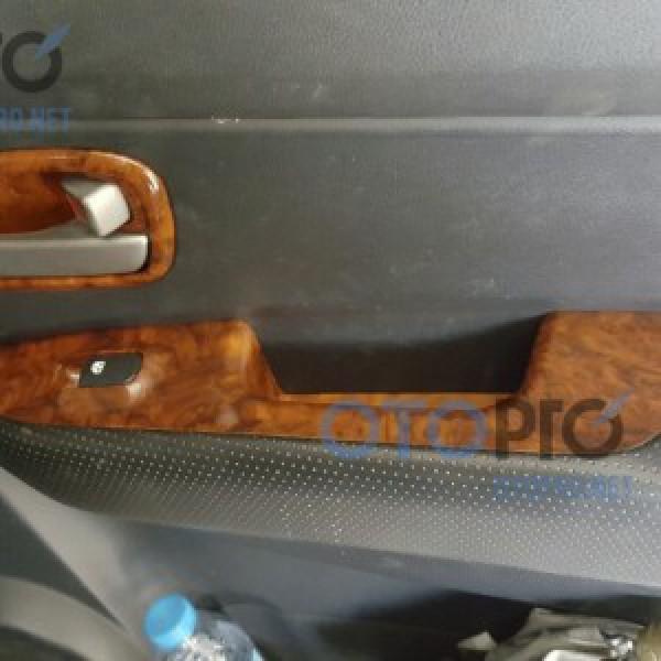 Sơn vân gỗ nội thất xe Kia Carens 2011