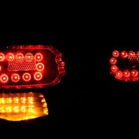 Đèn hậu LED nguyên bộ cả vỏ mẫu infiniti cho Forte