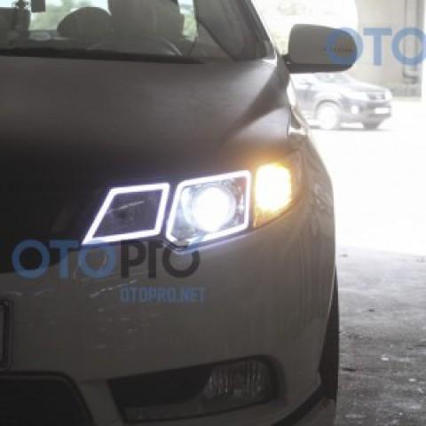 Độ đèn bi xenon, angel eyes, LED mí khối vuông xe Forte
