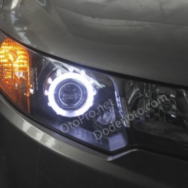 Độ đèn bi xenon, vòng angel eyes LED khối cho xe Forte